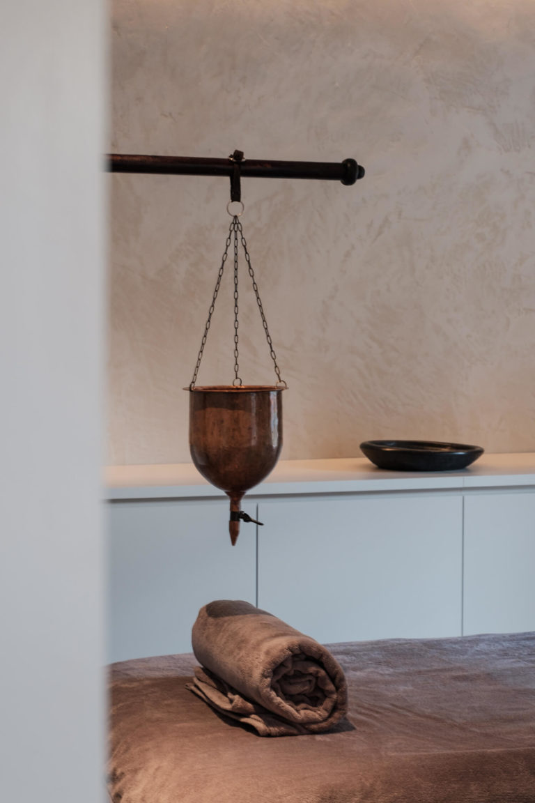 massage room ayur yoga